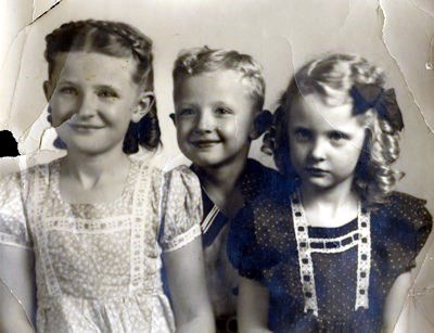 Mary Elizabeth Henry photos