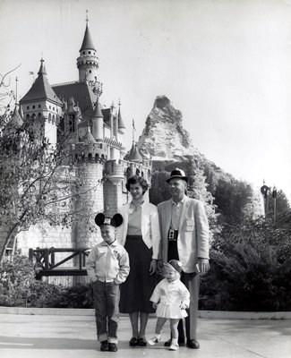 1st trip to Disneyland